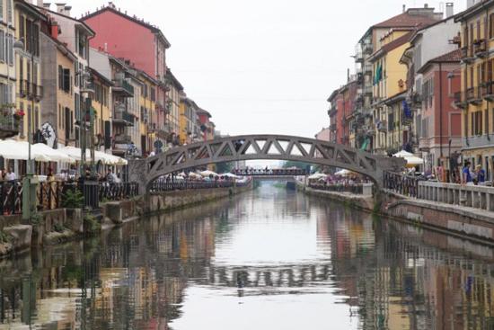 Sgomberi-Milano-Naviglio-Grande
